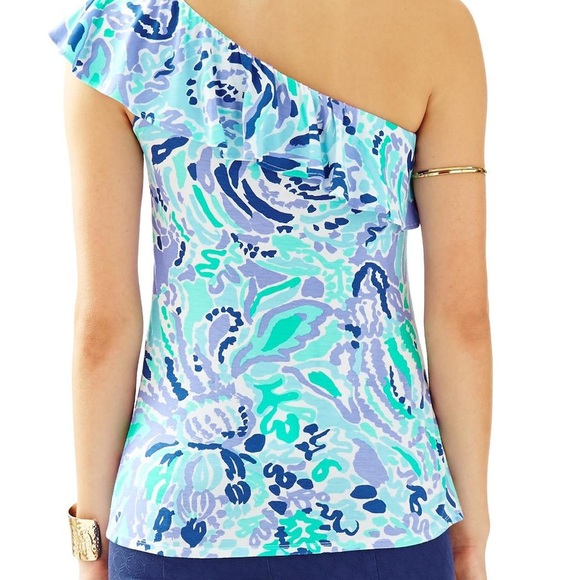 Lilly Pulitzer Tops - Lily Pulitzer Neveah top - M
